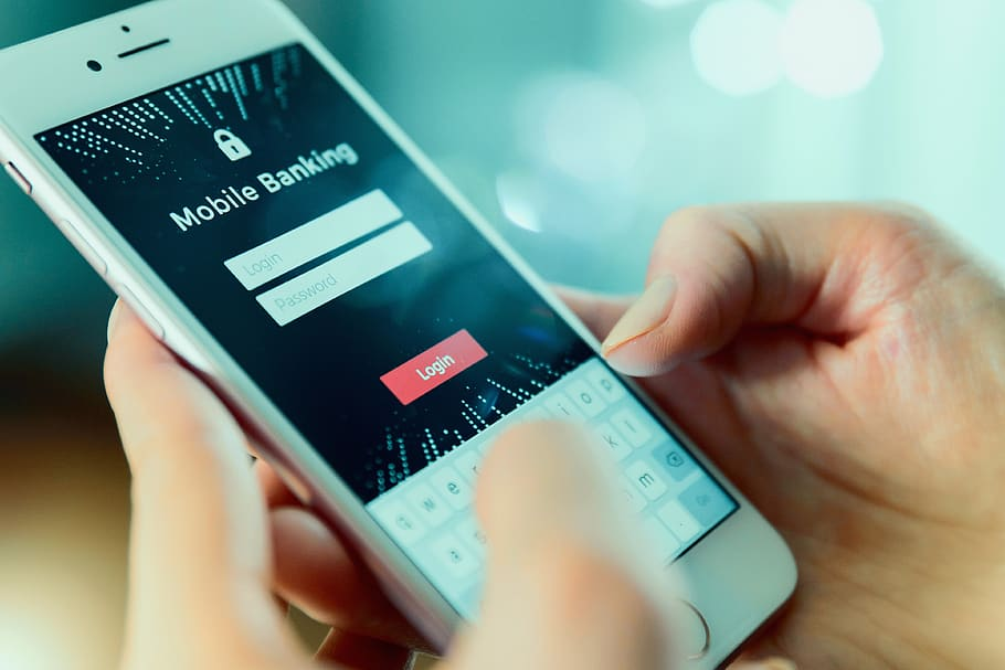 Industry Transformation: 4 Banking Trends That Are Shaping the Future of Digital Banking
