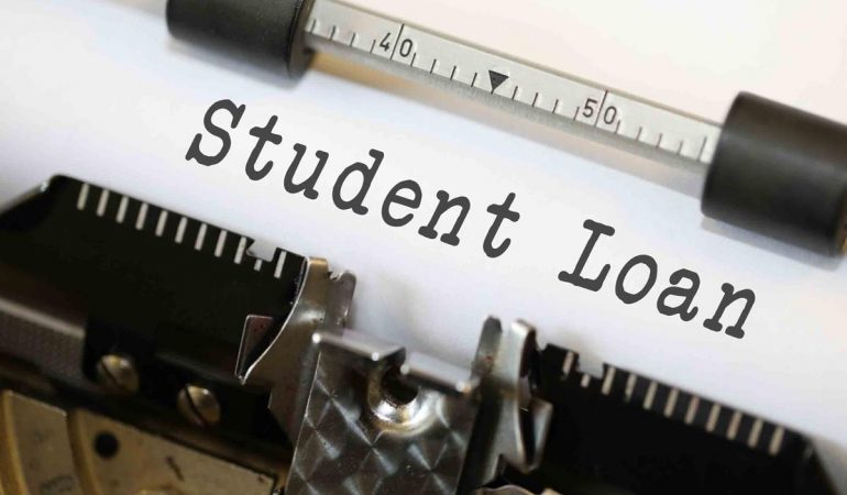 4 Secrets on How to Find the Best Student Loan Interest Rates